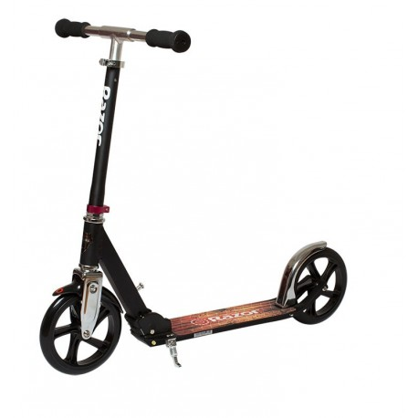 Kick Scooter Razor Black Label A5 Lux